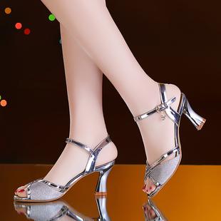 2019新款 中跟一字扣时尚 粗跟夏季女鞋 女夏高跟鞋 百搭鱼嘴鞋 凉鞋