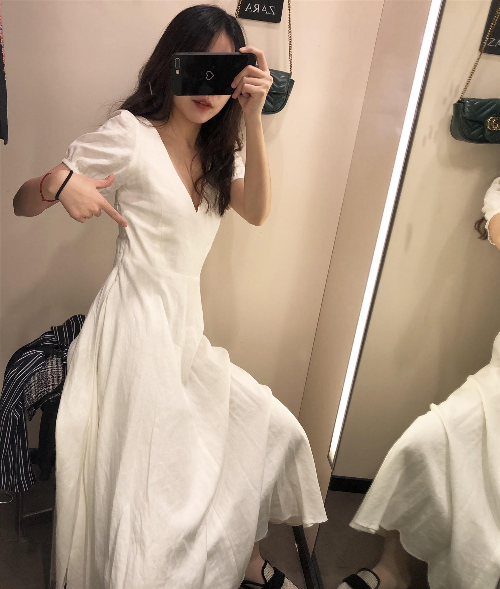 嘟嘟欧美2019夏季新品V领白色蓬蓬袖棉麻连衣裙 02468041251
