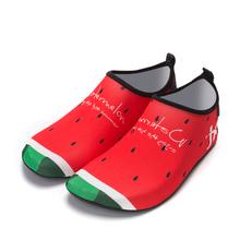 新款时尚情侣亲子沙滩袜浮潜鞋袜女户外防滑防割伤潜水鞋胶底儿童