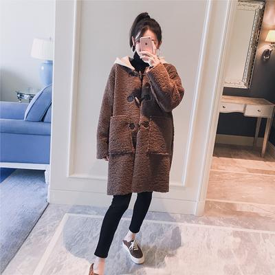 孕妇装2018冬装新款韩版连帽拼接撞色仿皮毛一体加厚时尚孕妇外套