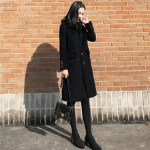 Black woolen coat female 2018 autumn and winter new Korean version of the large size was thin and long section Hepburn wind woolen coat