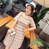 自制胖mm大码女装2017夏新款韩版复古风方领格子连衣裙显瘦中长裙