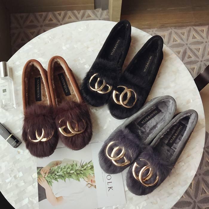 磨砂牛皮加绒女鞋