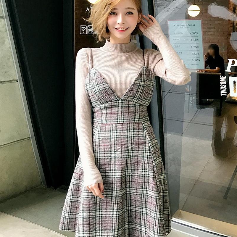 韩国chuu官网正品代购圆领修身针织衫格纹吊带连衣裙两件套套装
