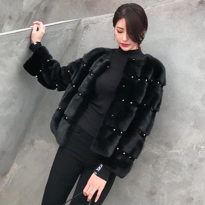 2018新款水貂皮大衣短款长袖铆钉圆领整貂皮草外套女裘皮外套特价