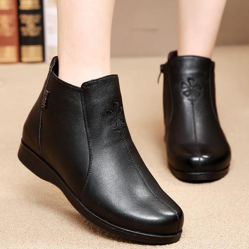 冬季小码中老年女鞋羊毛棉鞋平底牛皮妈妈鞋短靴女式软底棉皮鞋子