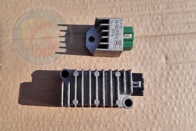 建设雅马哈劲豹整流器SRZ150 JYM150-A稳压器充电器硅整流 原装