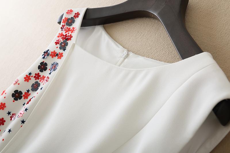 2018欧洲站新款女装欧美时尚印花系带修身连衣裙不规则A字裙打底