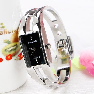 手表女学生手镯式开口手链表韩版简约复古小巧小清新迷你气质百搭品牌排行榜