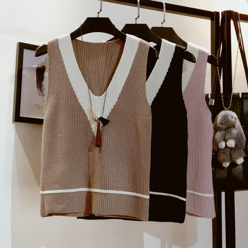 short paragraph knitted vest female autumn and winter Korean version of the loose V collar wild color hit sleeve shoulder yarn