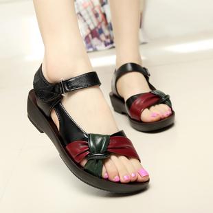 夏季中年软皮妈妈鞋凉鞋软底中老年平跟大码平底女士防滑凉拖鞋