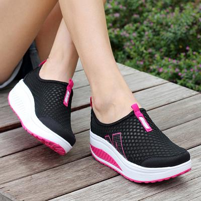新款夏季套脚女士网鞋摇摇鞋女运动休闲鞋网面透气女鞋厚底松糕鞋