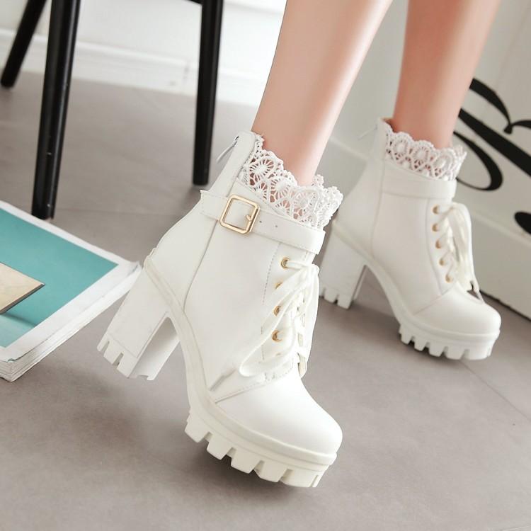 英伦风短筒女靴子冬