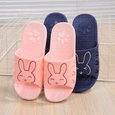夏季浴室拖鞋防滑洗澡漏水居家用室内厚底男女塑料可爱情侣凉拖鞋