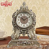 Li Sheng European Peacock Swing Clock Mute Living Room Antique Desk Clock Decoration Creative Art Clock Quartz Clock