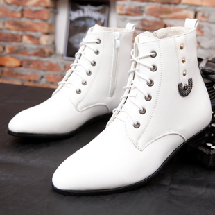 秋冬白色男靴英伦马丁靴高帮尖头皮靴保暖棉靴休闲皮鞋发型师男鞋