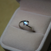 Natural Sri Lanka Moonstone Ring, blue moon color month S925 Silver Plated Platinum Ring Ring moonlight ring
