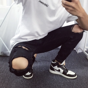 中国有嘻哈TT潮牌复古男士休闲小脚修身破洞牛仔裤男长裤青年裤子