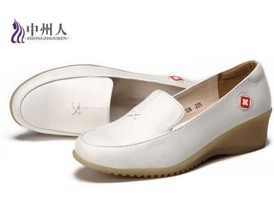 白色护士鞋 坡跟牛筋底 工作鞋 美容师鞋妈妈鞋舒适透气性强休闲