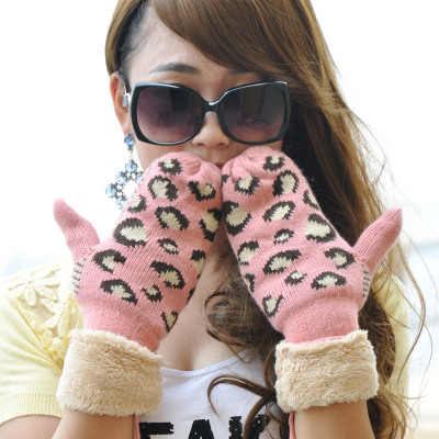 科派 韩版卡通连指手套女秋冬季厚保暖可爱粉黄毛线挂脖手套0233