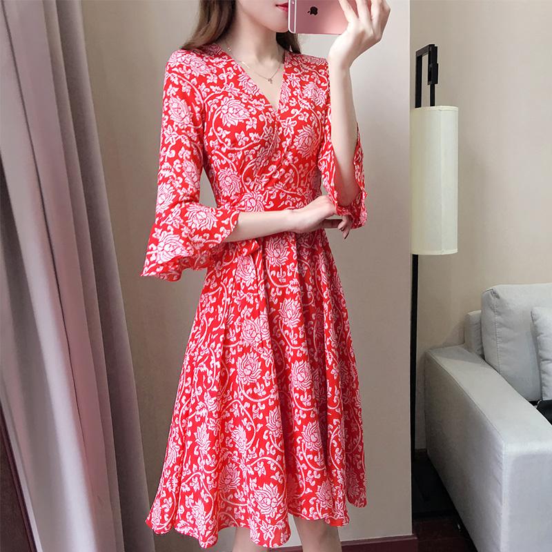 大码雪纺连衣裙女胖mm2018新款胖妹妹夏装性感修身显瘦韩版A字裙