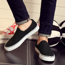 People this spring and autumn men's one-legged lazy shoes low to help black casual shoes youth England shoes 44 yards single shoes