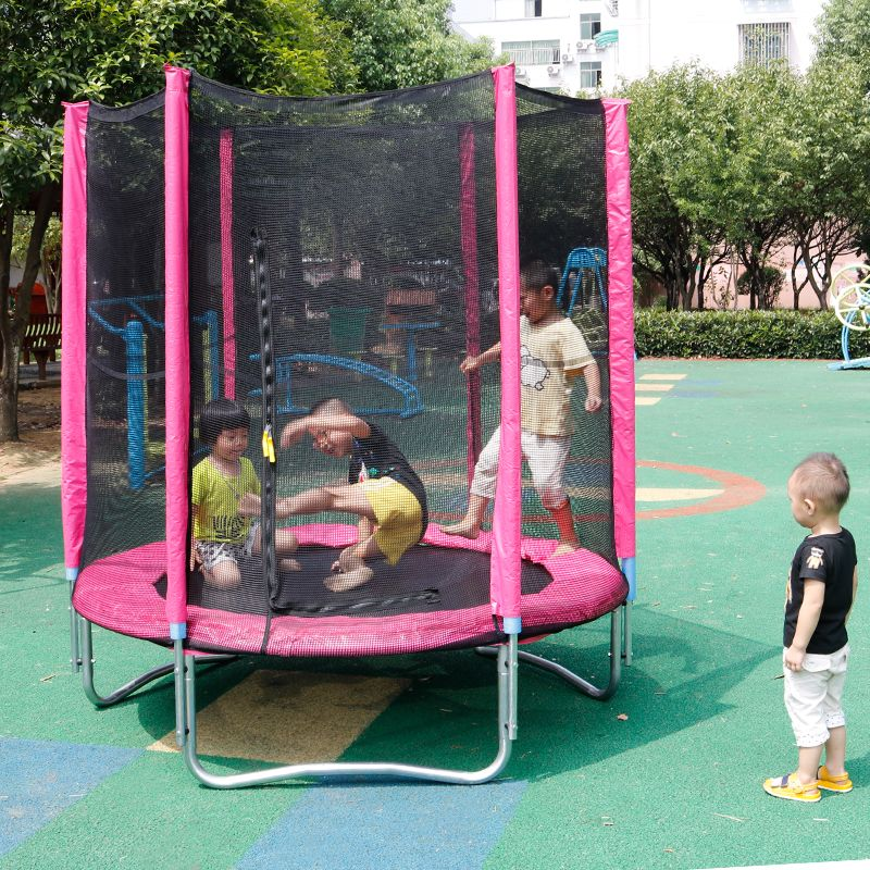 儿童蹦蹦床游乐场