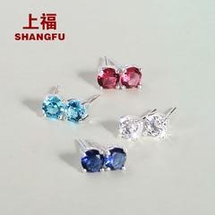水晶蓝宝石耳钉