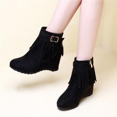 流苏靴女靴子