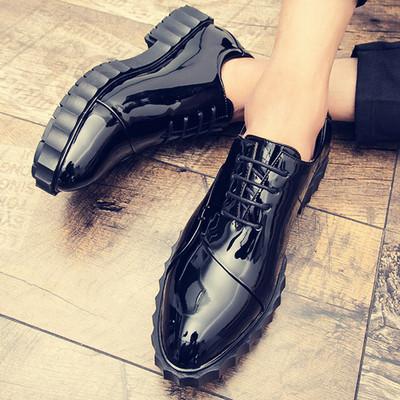 漆皮亮面男鞋子秋季潮流学生板鞋韩版休闲鞋低帮厚底镜面皮鞋潮鞋