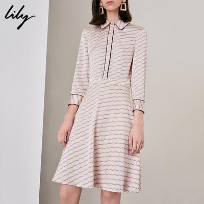 Lily2018秋新款女装年轻撞色字母印花X型收腰连衣裙118319C7943