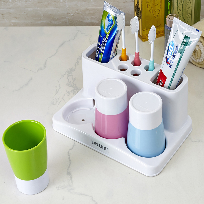 创意卫浴牙刷架带漱口杯三口之家洗漱套装 情侣刷牙杯牙缸牙杯架
