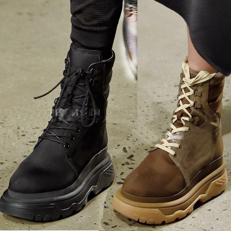 布雪地靴女