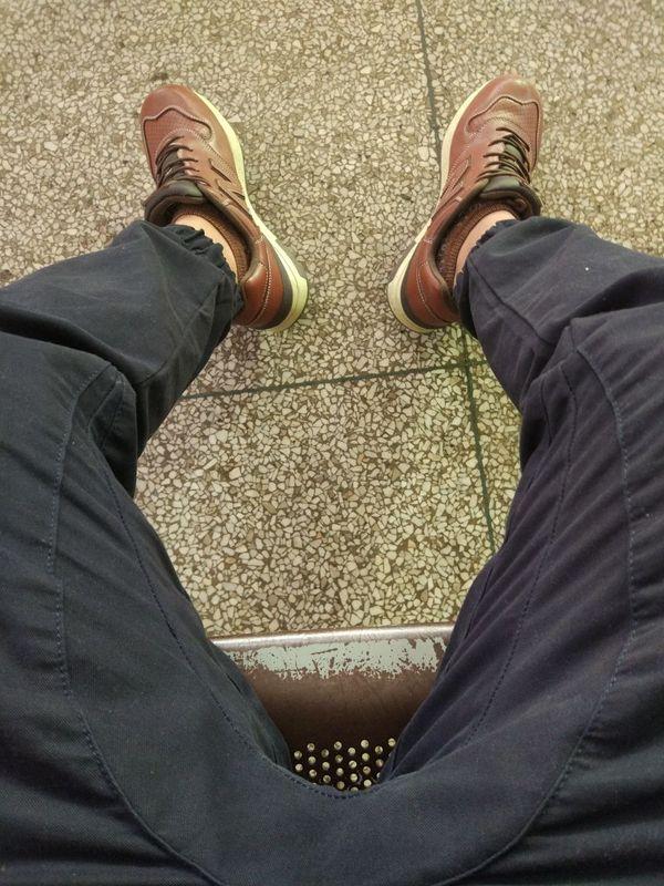 尺码标准物美价廉。 买裤子就来这里。有图有真相。赞?