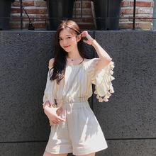 上衣女 2018夏季初恋黄色条纹连衣裙学院流苏甜美露肩灯笼袖 珊珊