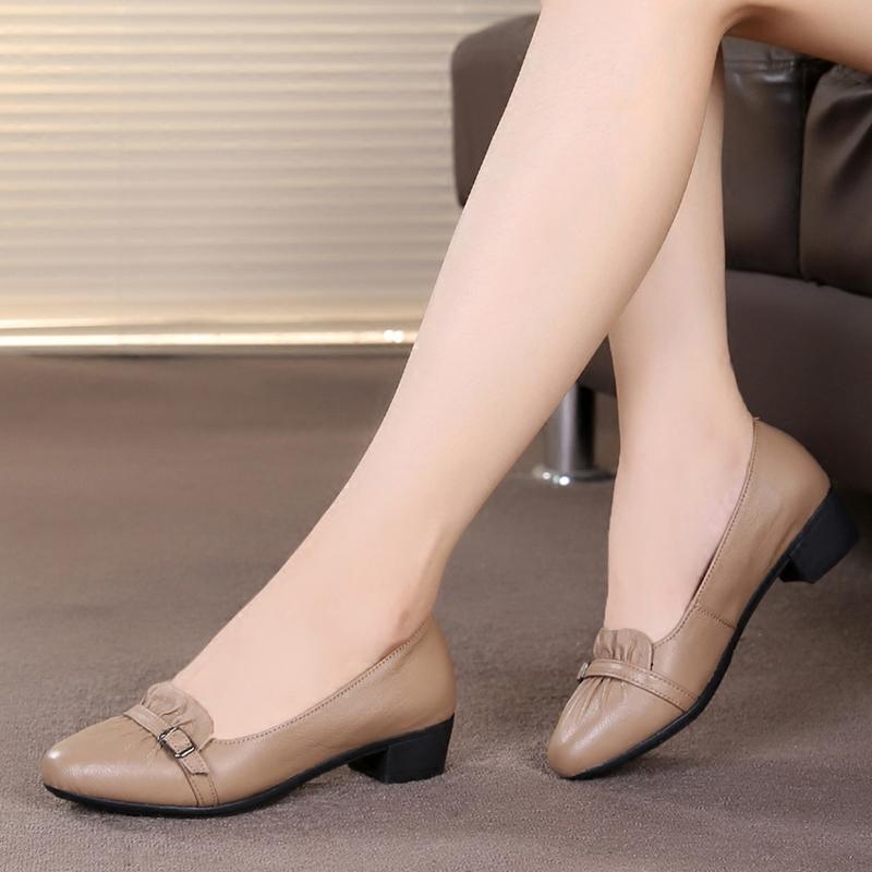 2019新款单鞋女真皮中跟妈妈鞋浅口女鞋粗跟尖头皮鞋舒适中年鞋子