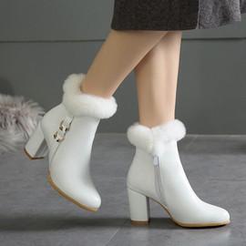 性感白色兔毛短靴子显瘦粗高跟白色冬靴大码44 45 46 47 48 49 50图片