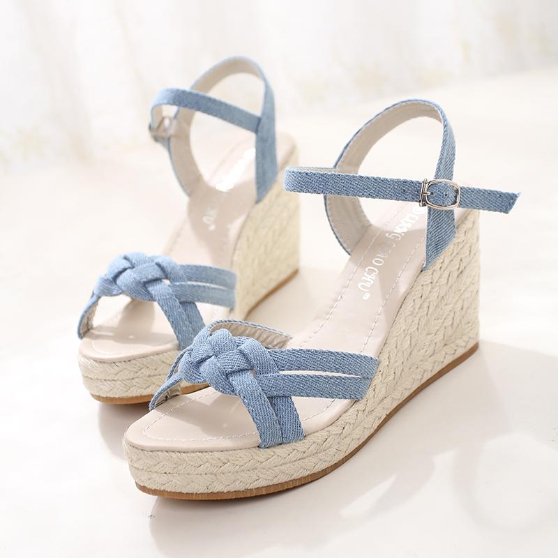 坡跟小清新女凉鞋