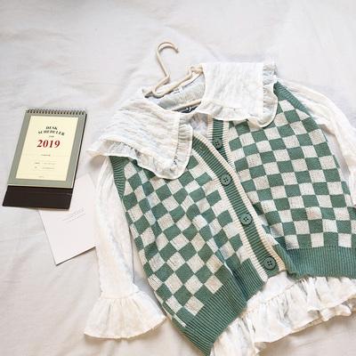 RENA早春活力绿色格子开衫针织马甲+荷叶领中长款喇叭袖雪纺衬衫