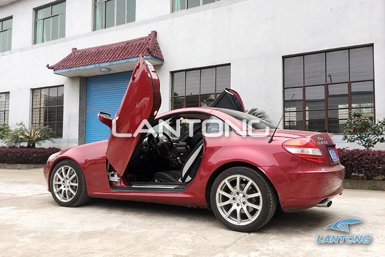 兰通剪刀门 奔驰SLK改装剪刀门 专车专用原装位安装