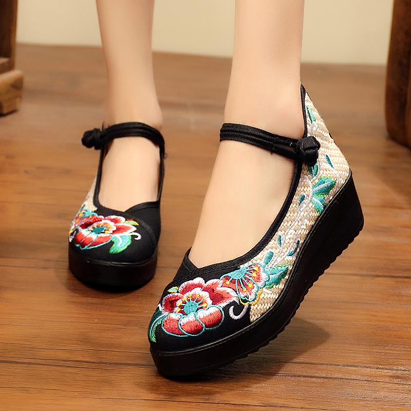 春秋季老北京民族风布鞋高跟女鞋坡跟绣花鞋布鞋厚底平底女单鞋子