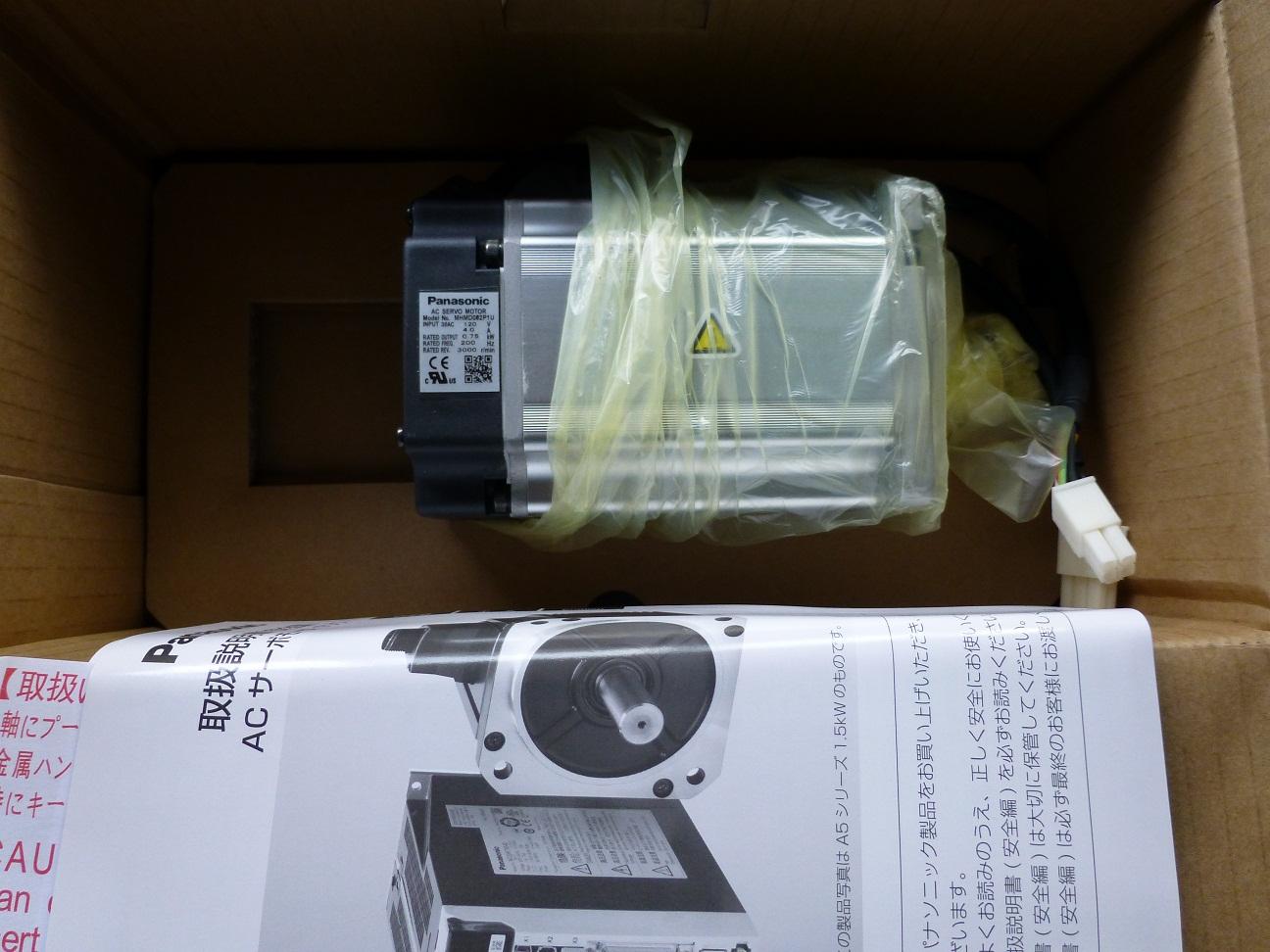 松下A4伺服电机MHMD082P1U 0.75kw,120v, 全新质保一年,欢迎询价