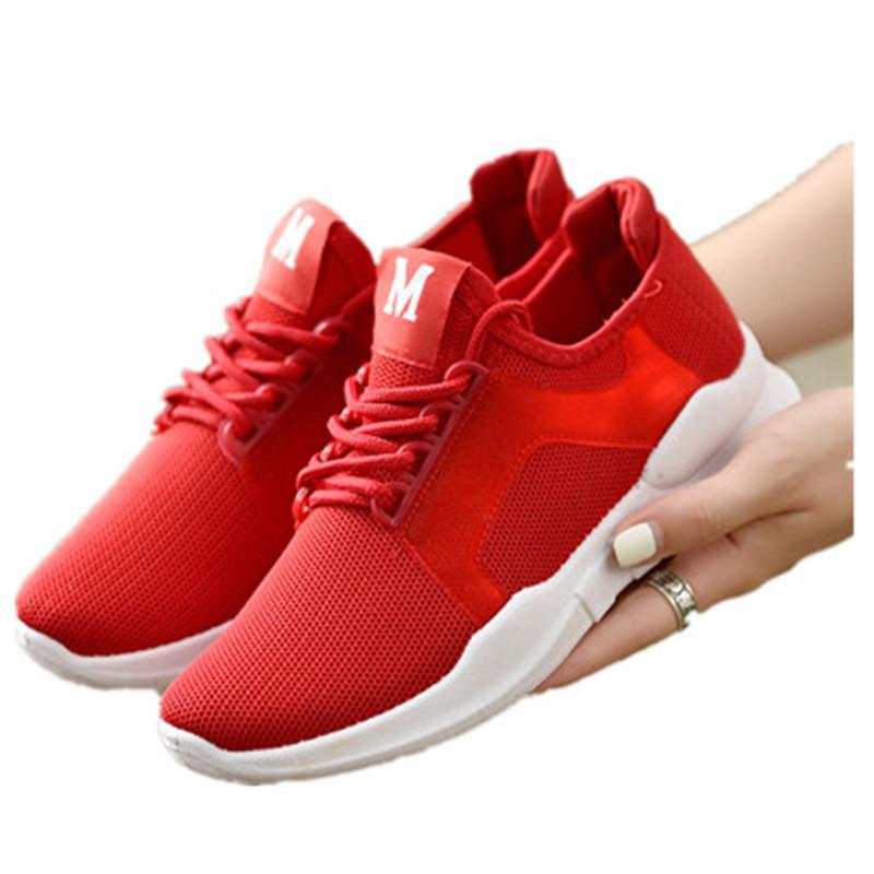 男女运动鞋跑鞋