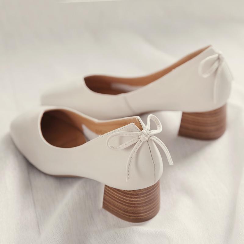 牛皮蝴蝶结高跟鞋粗跟