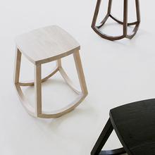 吱音信凳iTrust原创创意设计水曲柳全实木矮凳子家具个性板凳椅子