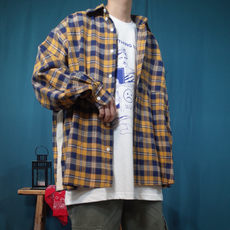 Giant Orc [2019. Spring and Autumn models Retro tri-color plaid side white ribbon men and women couple loose shirt]