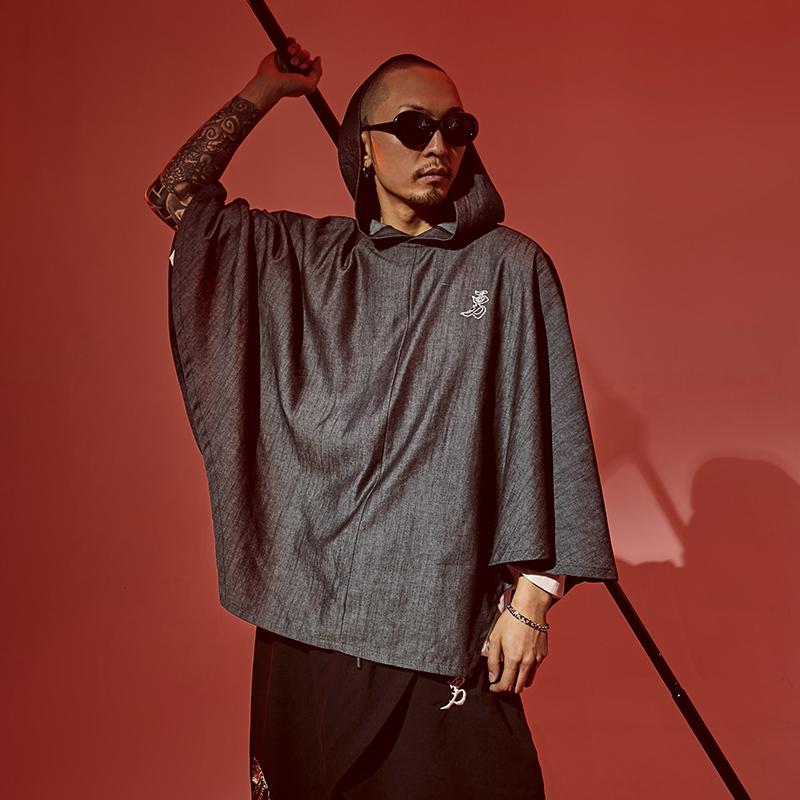 衫仟尺2019春夏中国风男装复古个性披风宽松刺绣斗篷连帽嘻哈外套