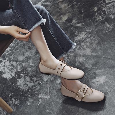 小红人春秋豆豆鞋女2018新款平底单鞋软皮浅口奶奶鞋方头玛丽珍鞋