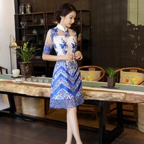 2018春季新款蕾丝拼接修身气质连衣裙女白色仙气复古刺绣蓬蓬裙潮