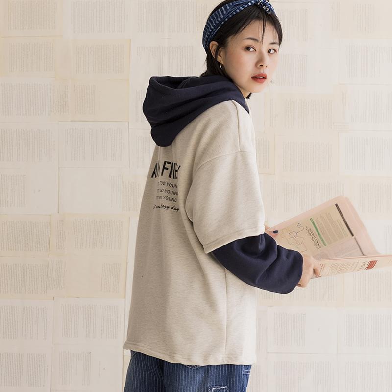 【假兩件】美式復古印花寬松BF風中性毛圈拼色學生套頭連帽衛衣女圖片